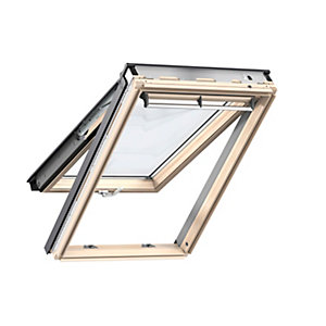 VELUX Lacquer Pine Laminated glazing 1340mm X1400mm Top Hung GPLUK083070